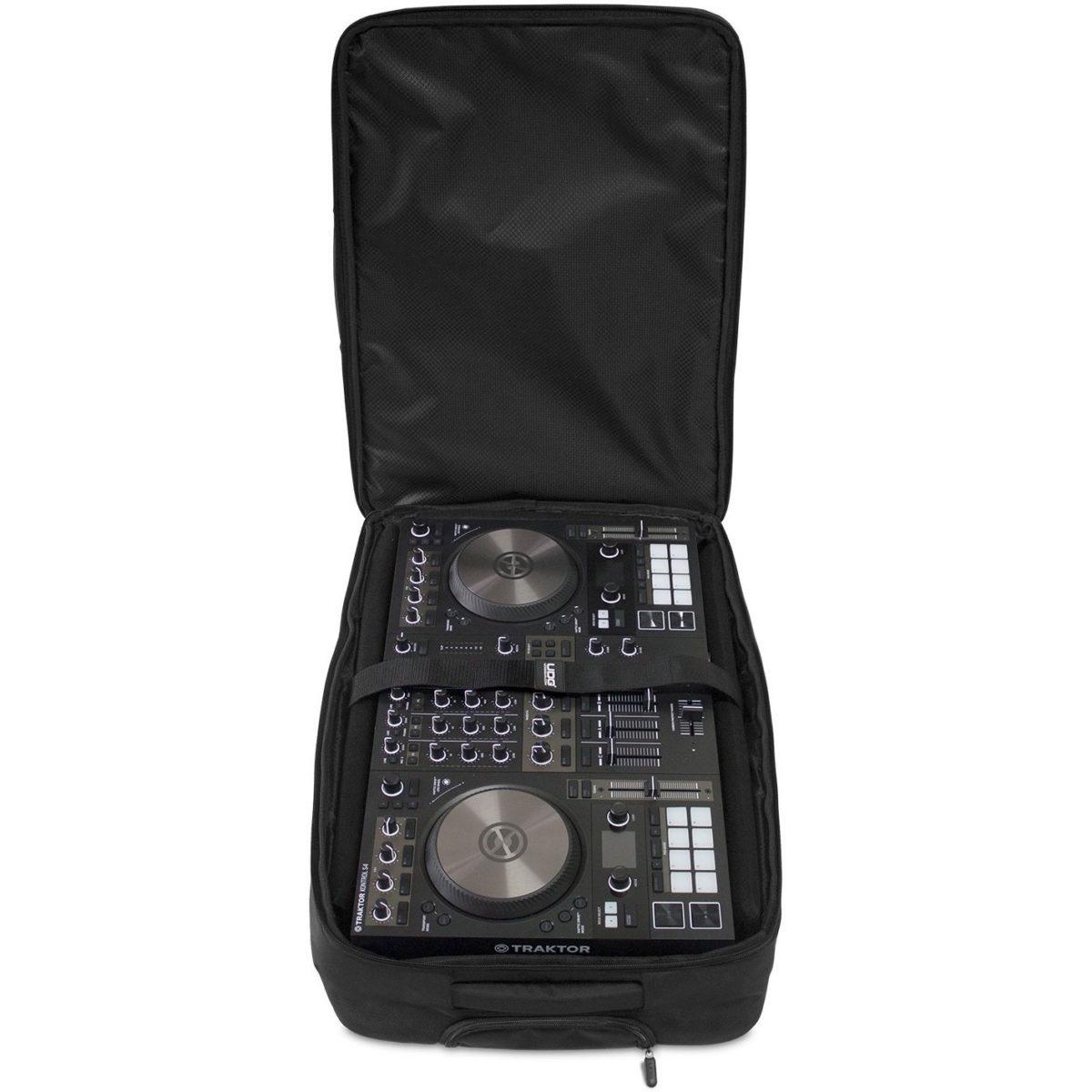 Bag UDG com rodinhas par DJ