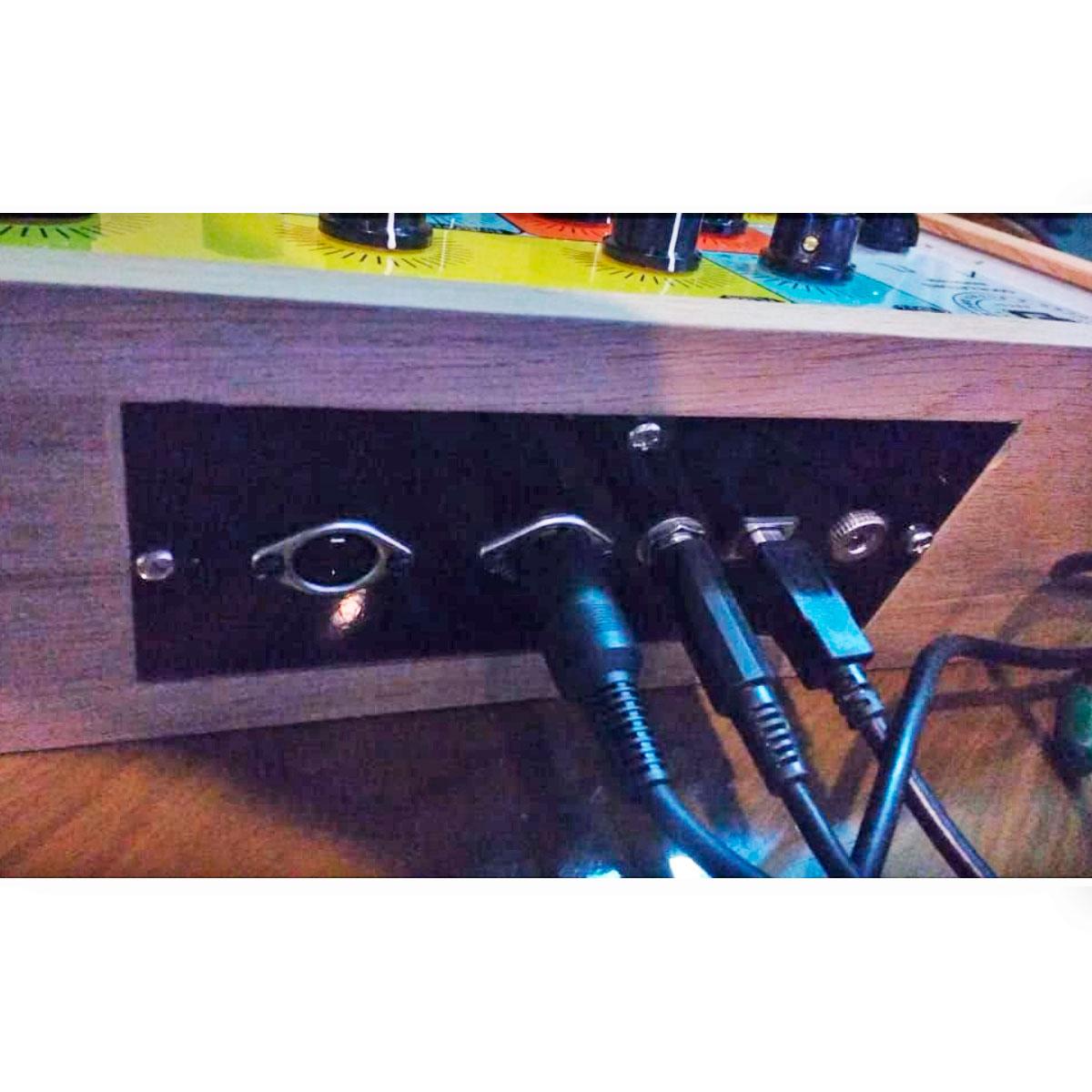 Control Synth - Controlador Midi USB para plugins