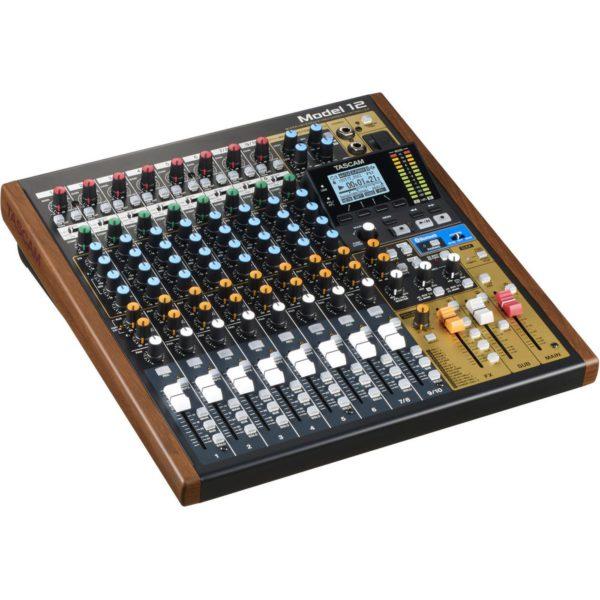 Tascam Model 12 - Mesa Digital com Interface de Audio Integrada