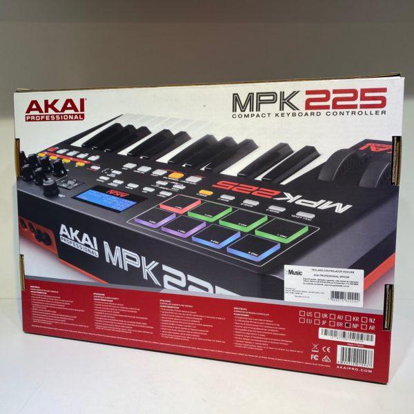 AKAI MPK 225 (usado)